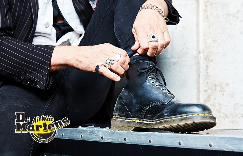 Shop Dr. Martens mobile