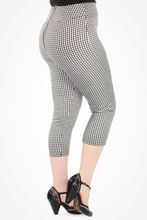 Load image into Gallery viewer, Gingham Capri - Black & White