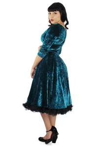 Holiday Green Velvet Circle Dress #GVCD