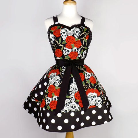 Skulls and Roses Two Tier Apron #A985