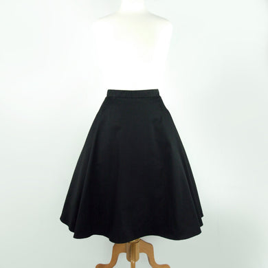 Circle skirt on mannequin, Pictured from the front
