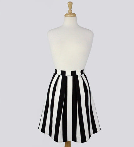 Black and White Stripped Pleated Skirt #S-BW10