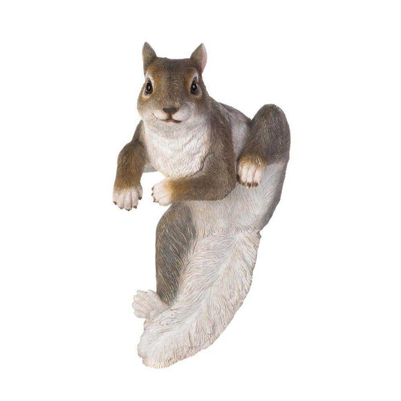 Climbing Chip Squirrel Decor