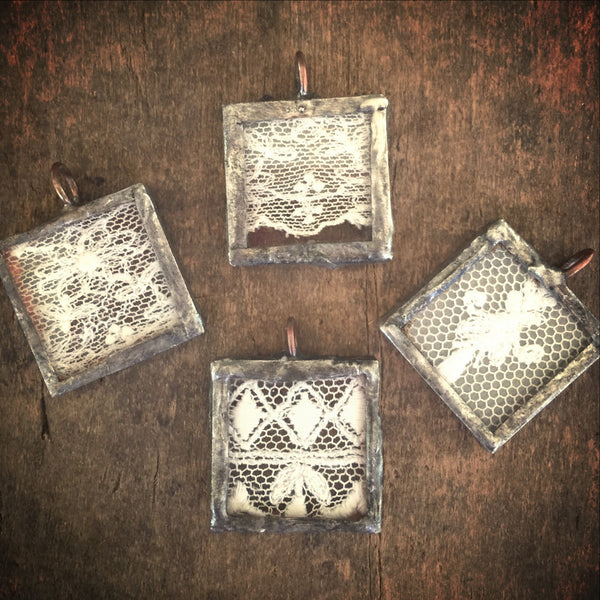 Soldered Charm, Antique Lace, One Inch Square