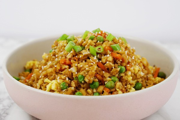 Vegetarian Cauliflower Fried Rice easy simple recipe with Lions Mane superfood medicinal Mushroom dual extract powder