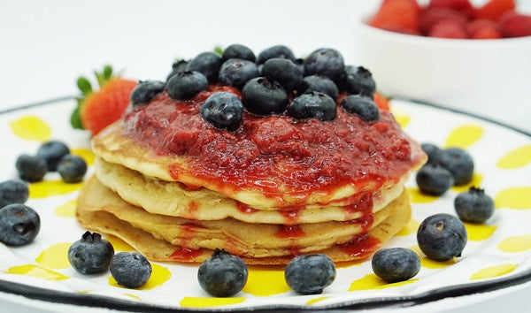 Pearl Beauty Pancakes with Very Berry Schizandra extract powder Compote (Gluten Free, Paleo)
