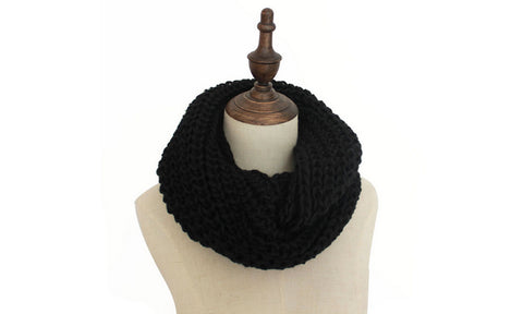 Knitted Cowl Scarve