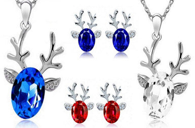Reindeer Necklace Set