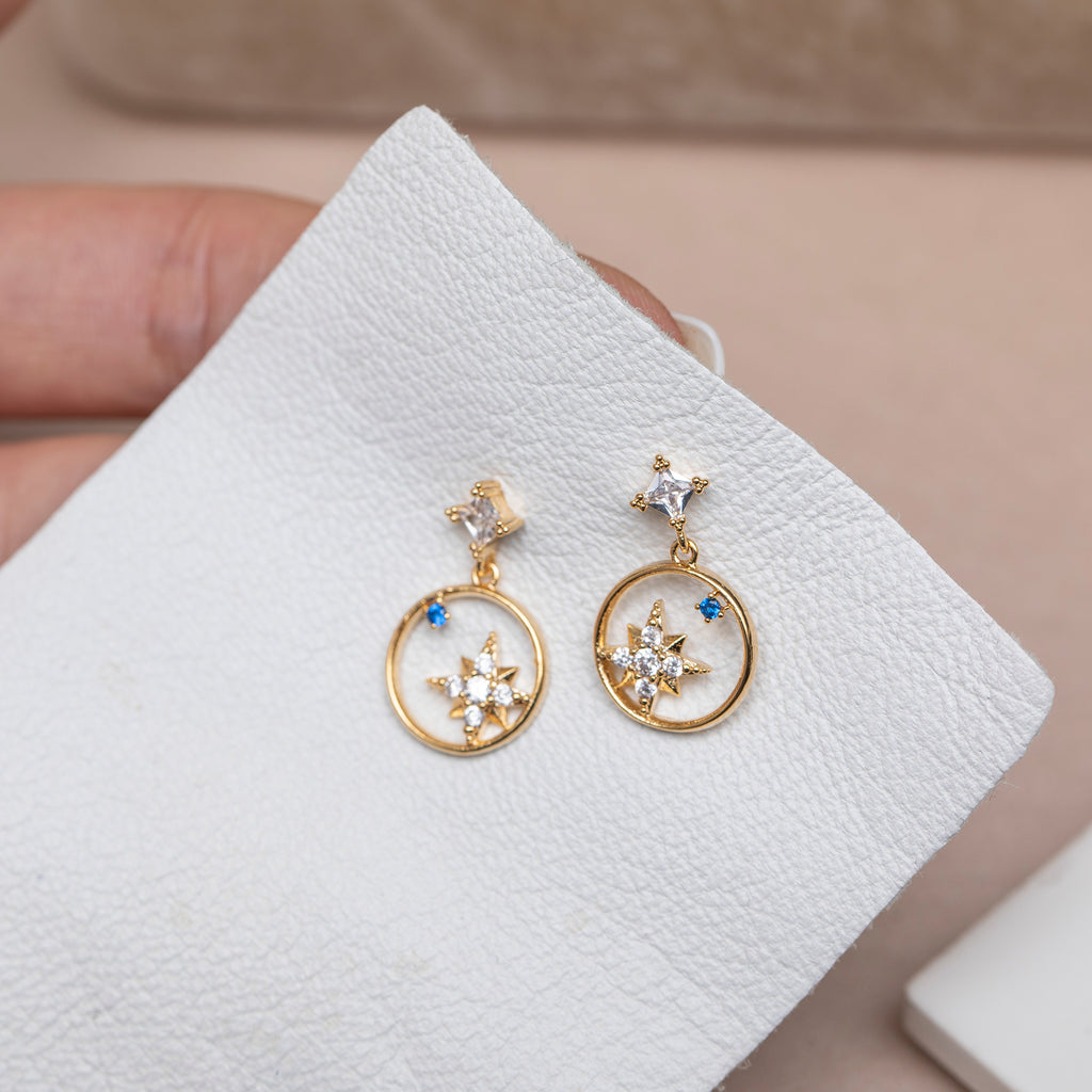 North Star Sapphire Earrings : Gold