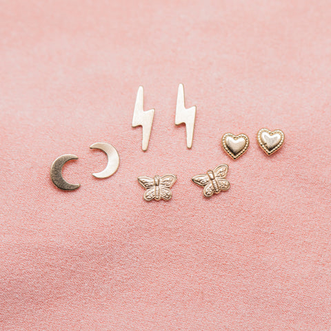 14k Fine Butterfly Kisses Studs : Gold
