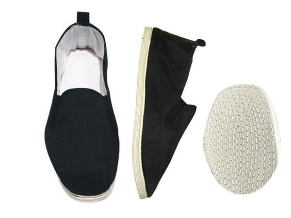 Comfortable black kung fu shoes