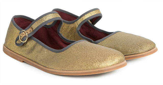 Footwear News: Our Mary Janes, Alexa Chung's Inspiration