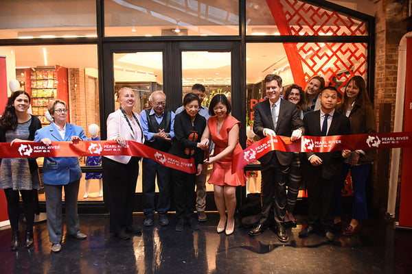 Ribbon cutting at Pearl River in Chelsea Market