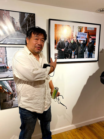 Photographer Alan S. Chin with picture