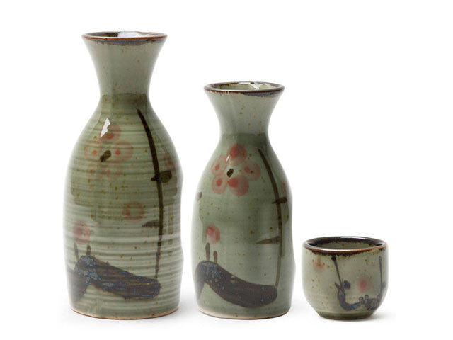 Plum Blossom Design Sake Bottle / Cup