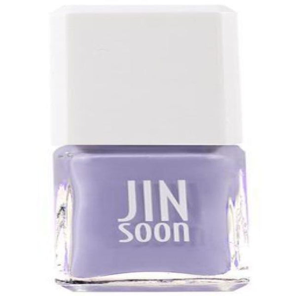 nail polish in pale purple color