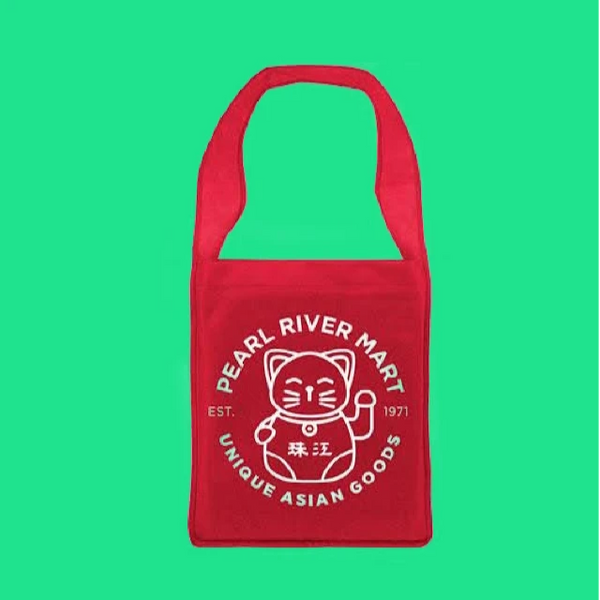 Red lucky cat canvas tote bag