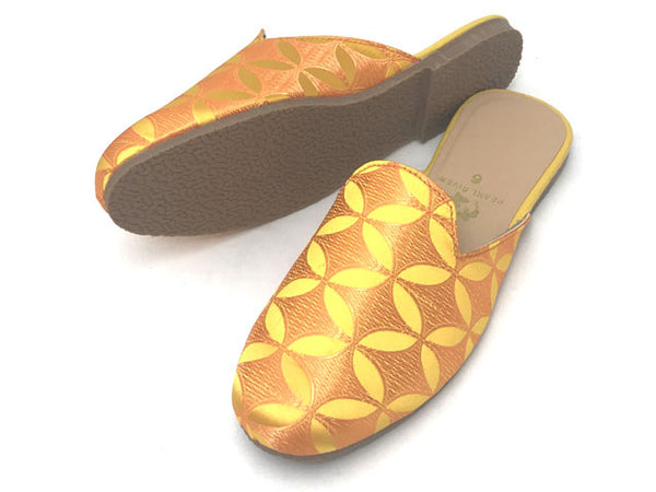 Vector Pattern Brocade Mule