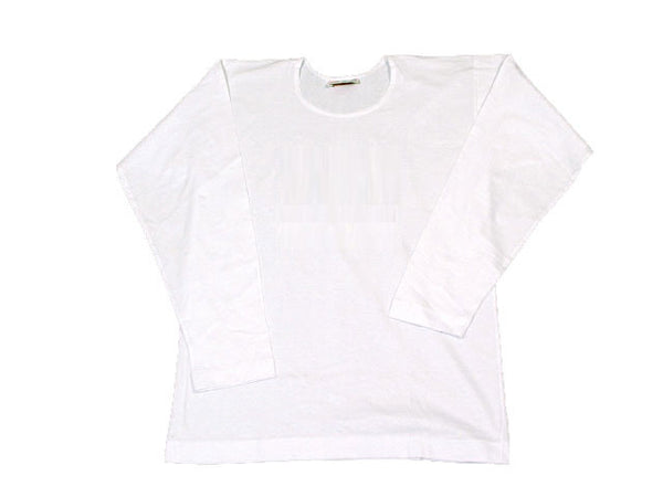 Retro white long sleeve tee made of quality fine cotton
