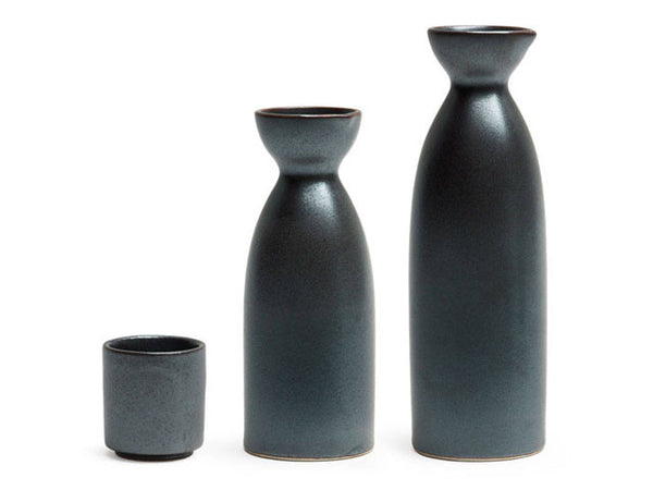 Iron Glaze Sake Bottle / Cup