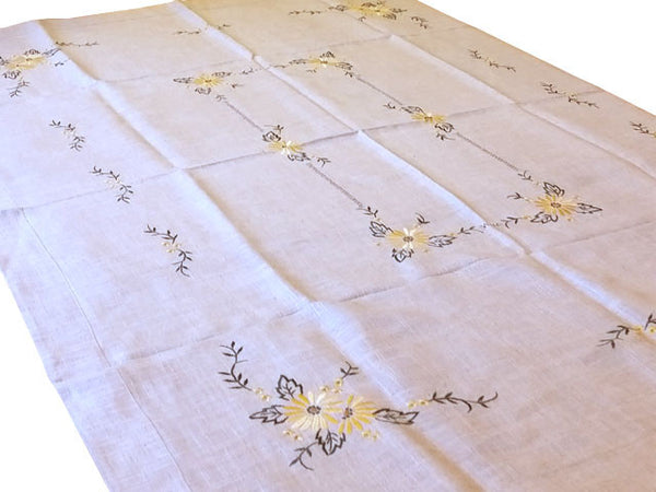 Embroidered Linen Table Cloth (Pattern 1)