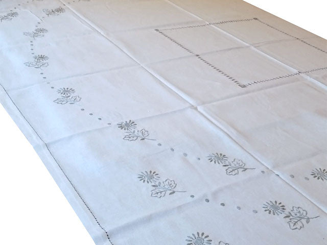 Embroidered Linen Cotton Table Cloth (Pattern 2)