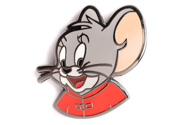 Cartoon mouse pin