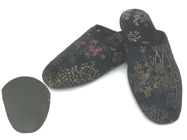 Scenery Brocade Comfy Slipper w. Black Sole