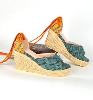 Open image in slideshow, La Cuña Espadrilles in Lunti (green)