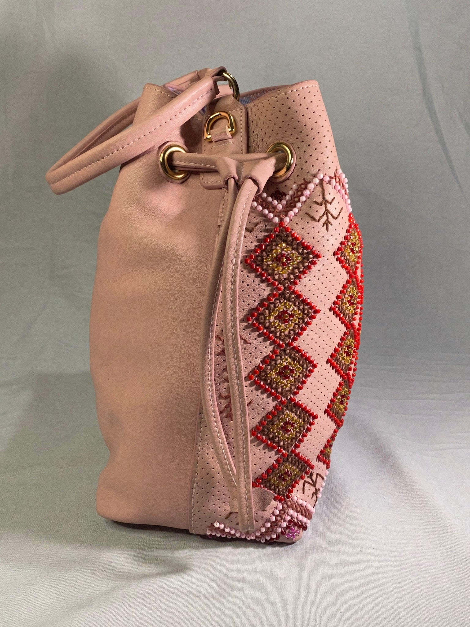 Marahuyo Bucket Bag - 005