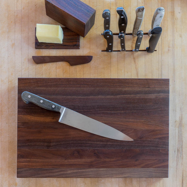 Walnut Edge-Grain Cutting Board - Deoria Made - Cascadian Dry Goods
