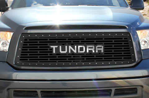 1 Piece Steel Grille for Toyota Tundra 2010-2013 - STAINLESS