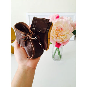 Walnut Fringed Boots - LUXE + RO