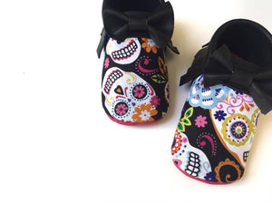 halloween party-halloween shoes-pumpkin shoes-skulls-hot pink shoes