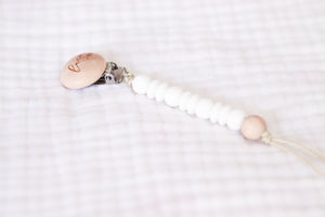 Wooden Pacifier Clip | White - LUXE + RO