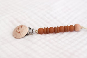 Wooden Pacifier Clip | Natural Brown - LUXE + RO