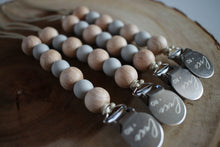 The Luxie Pacifier Clip | Light Grey - LUXE + RO