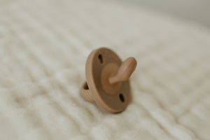 The LUXIE | Deep Almond Pacifier - LUXE + RO
