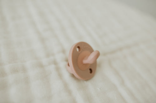 The LUXIE | Blush Pink Pacifier - LUXE + RO