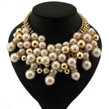 Crowd of Pearls Necklace