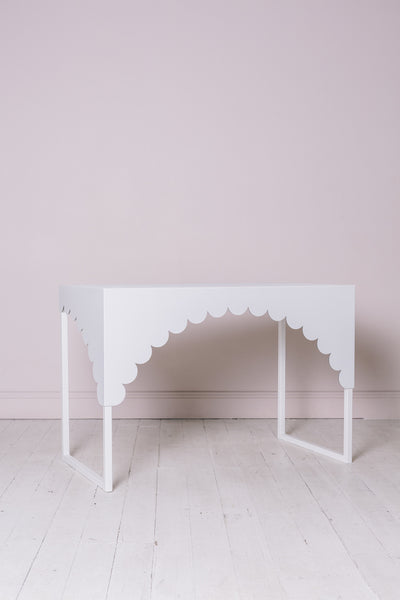 White Scallop Table