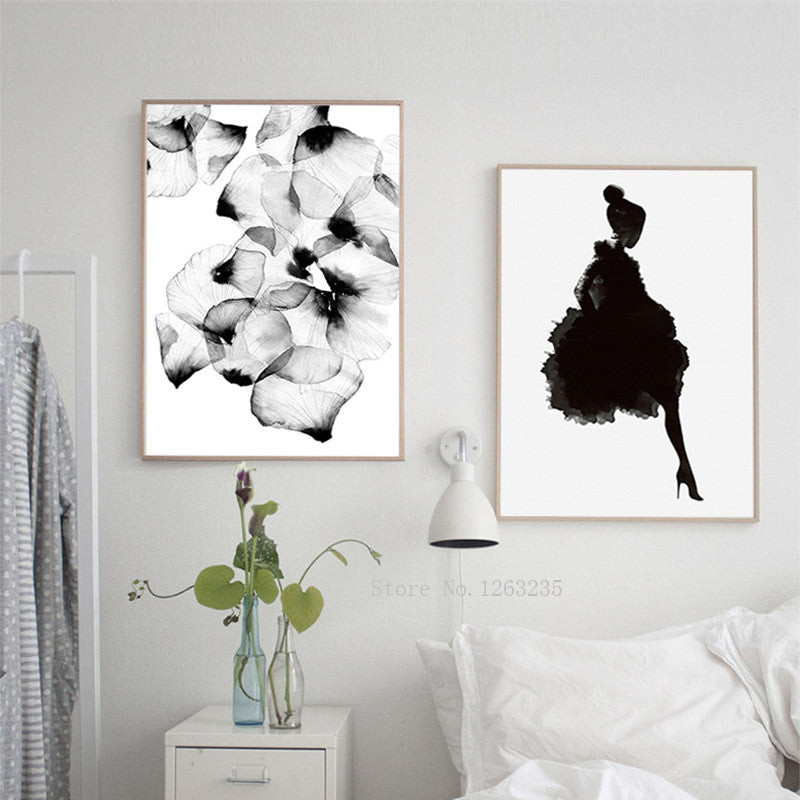 Black Petals Wall Pictures /Unframed