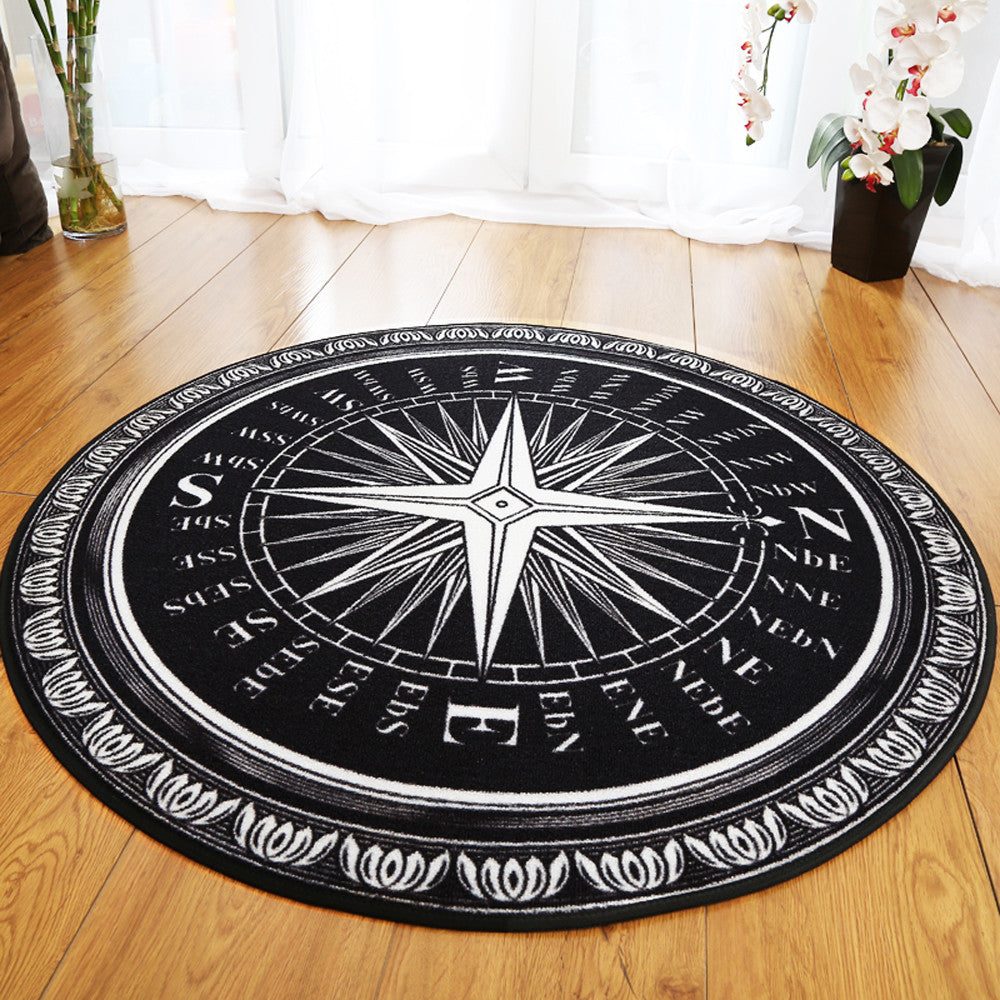 Black and White Compass Round Rug