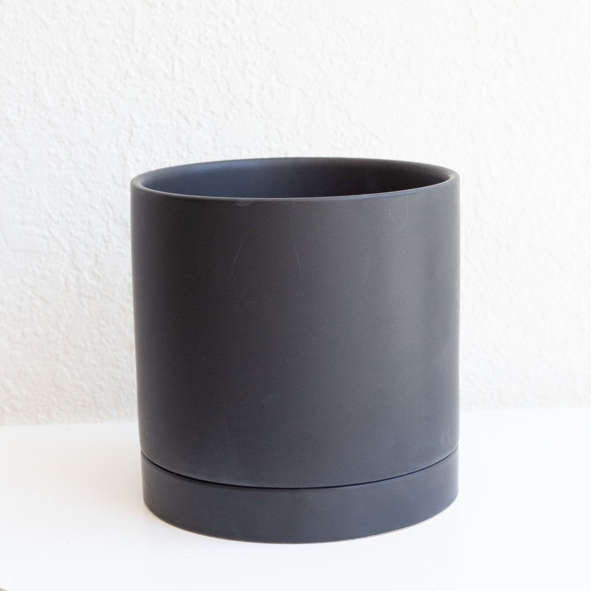 The Perfect Black Pot - Medium