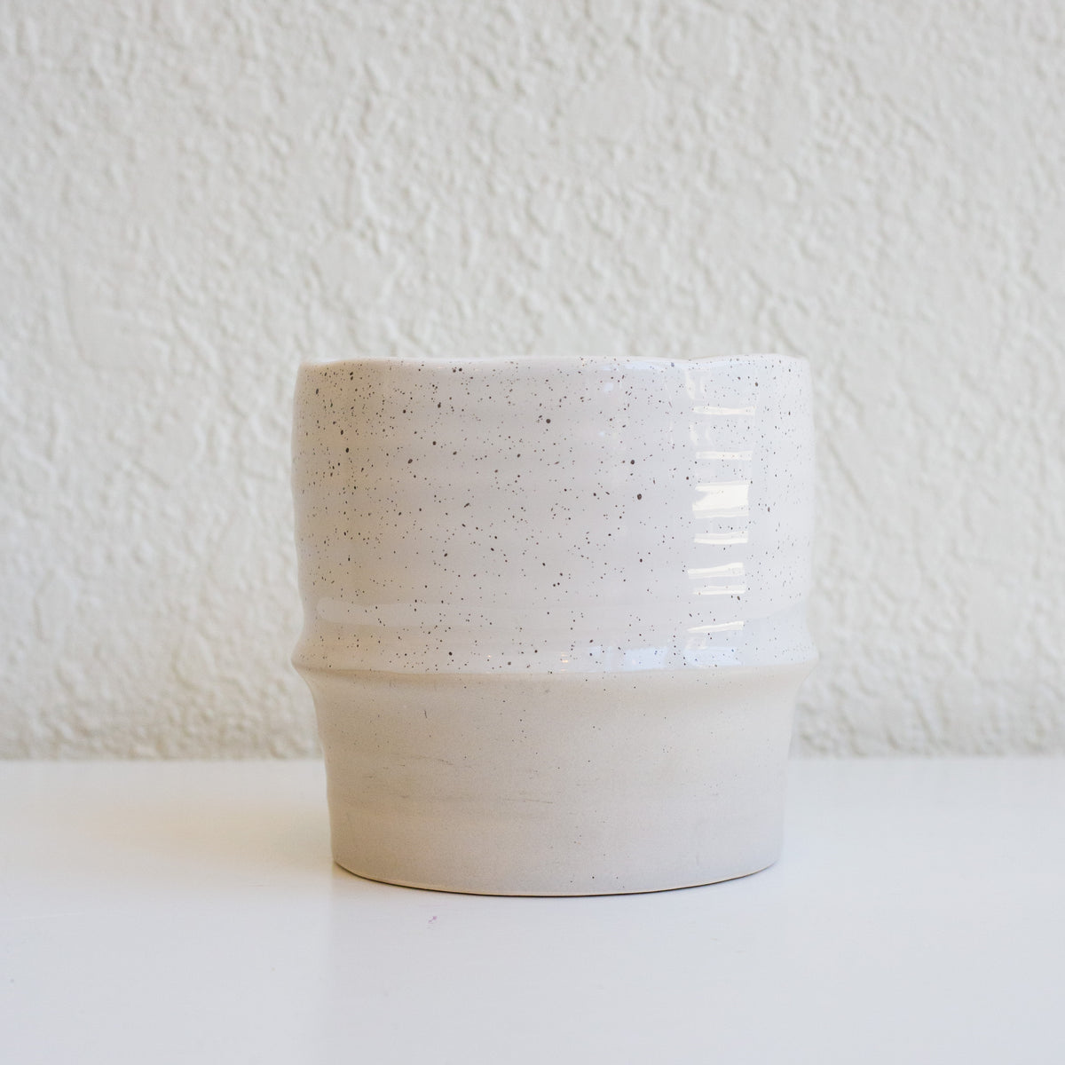 Two Tone Pot - Ivory
