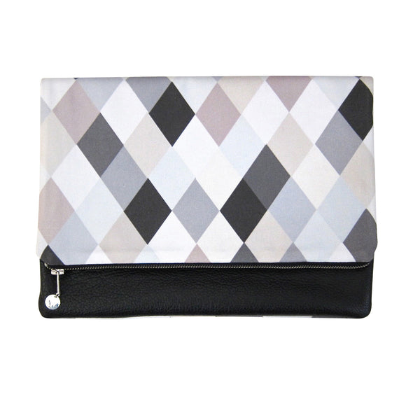 CLUTCH WITH LEATHER BACK - ARGYLE (REVERSIBLE)