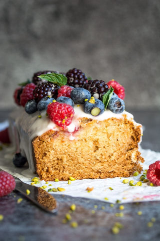 Vegan lemon and raspberry loaf cake