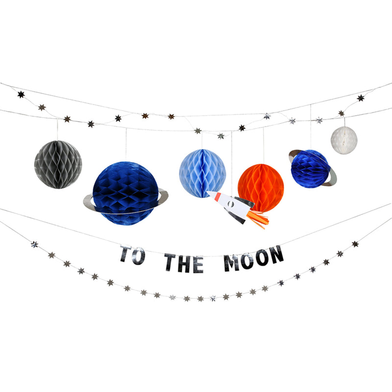 To The Moon Garland