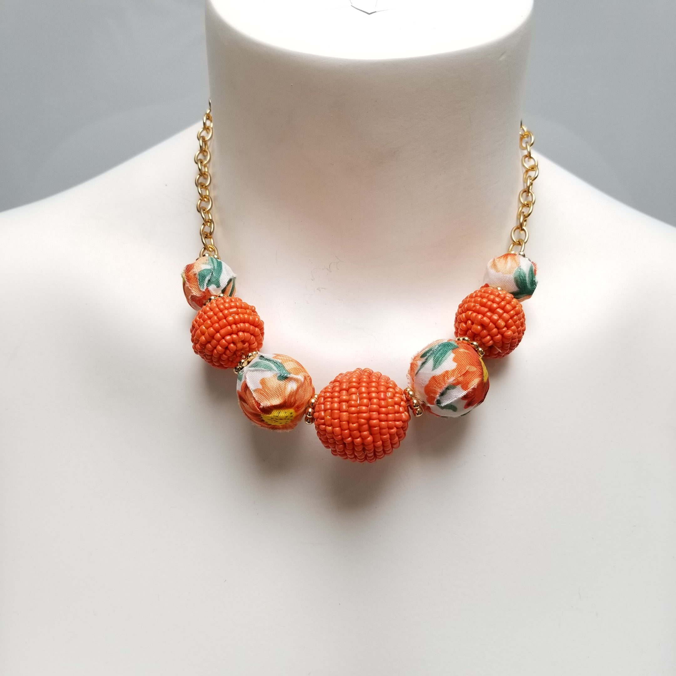 520200038 NECKLACE