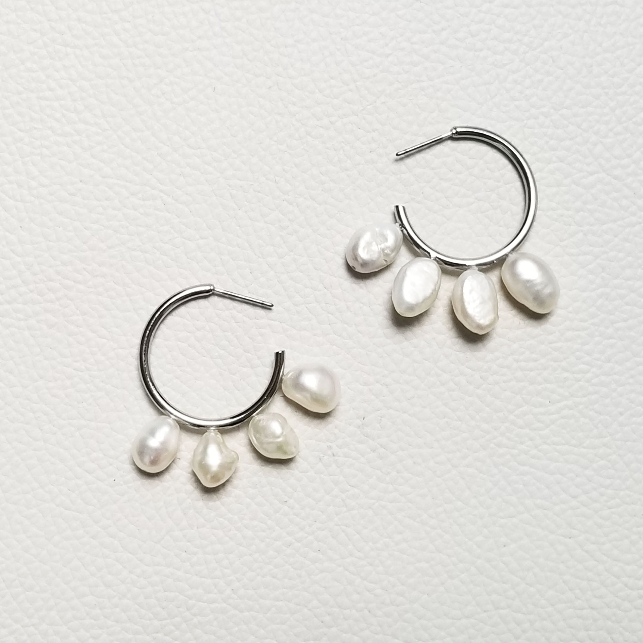 52020005 EARRINGS